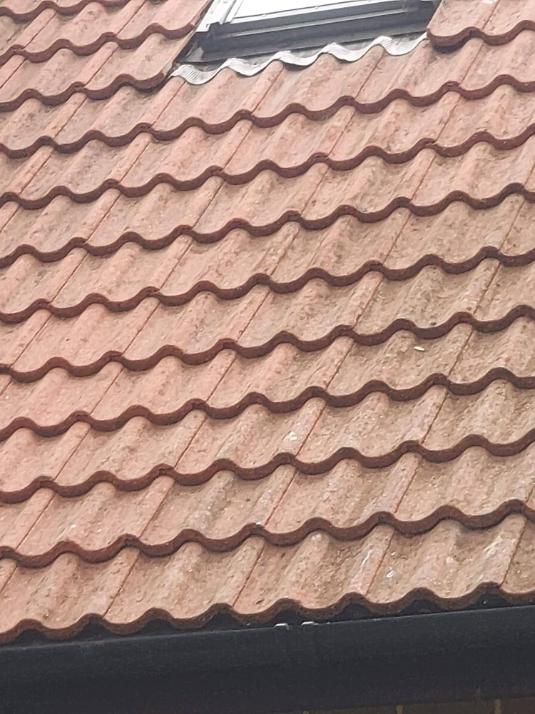 Roof after moss removal by Woking Roofing